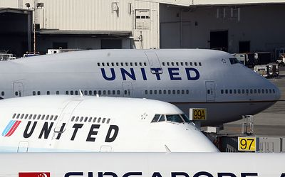 United sends safety warning to pilots